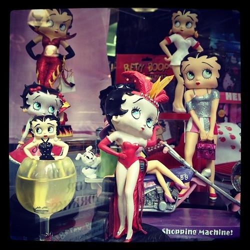 タイムズスクエアのショーウィンドウで見かけたベティちゃんたち