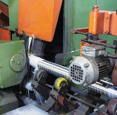 machine, tool, tool and cutter grinder, machine tool,