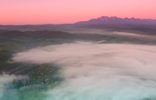 morning light mist mountains beautiful fog clouds dawn twilight nikon poland tatry sunriseset trzykorony pieniny threecrowns leefilters d700 me2youphotographylevel1