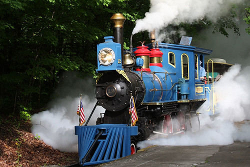Kings Island locomotive