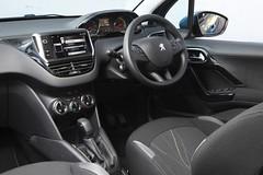 peugeot 207(0.0), automobile(1.0), peugeot(1.0), peugeot 308(1.0), vehicle(1.0), land vehicle(1.0),