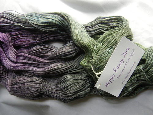 "Happy Fuzzy Yarn ""Purple Kale"""