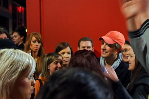 Taylor Hanson surrounded by girls after the first Melbourne show