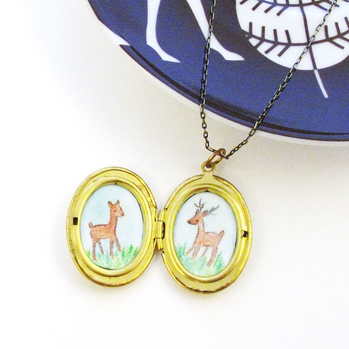 locket-oval-deer-2