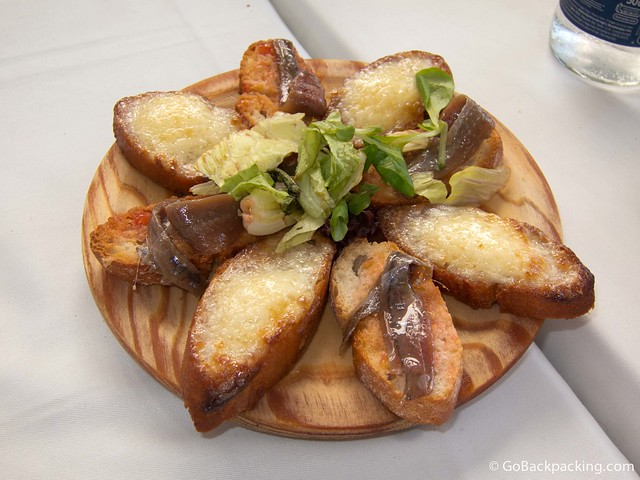 Cheese bread with anchovies