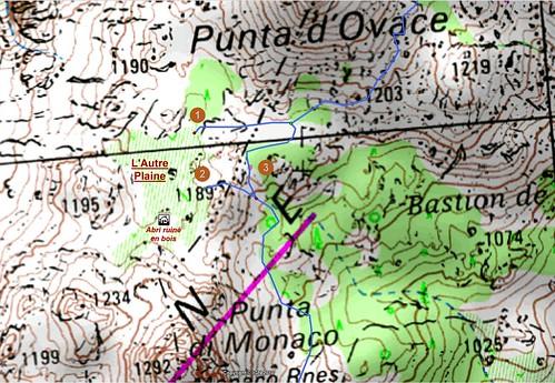 Carte détaillée de l'Autre Plaine en Cagna avec les départs de traces cairnées et les points remarquables