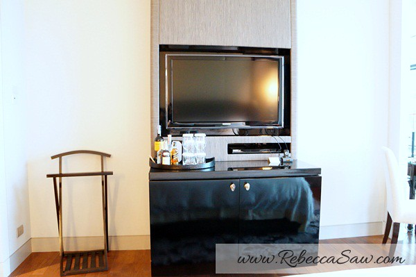 1 st regis bangkok - grand deluxe room-003