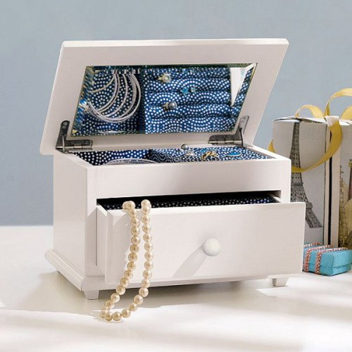 how-to-organize-jewelry-3-500x500