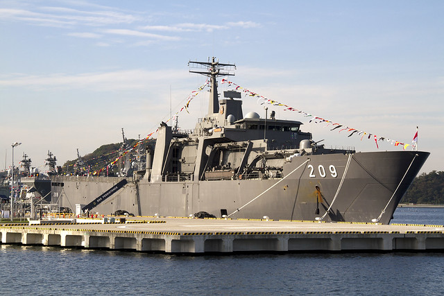 Singapore Navy PERSISTENCE