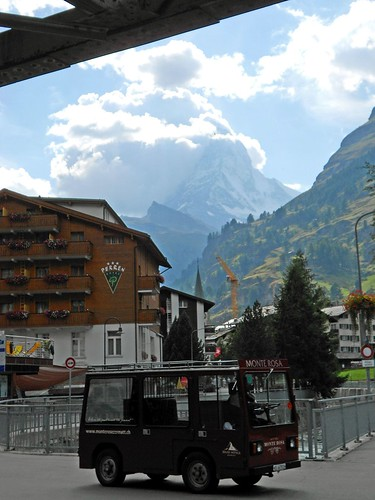 Electric Bus and the Matterhorn