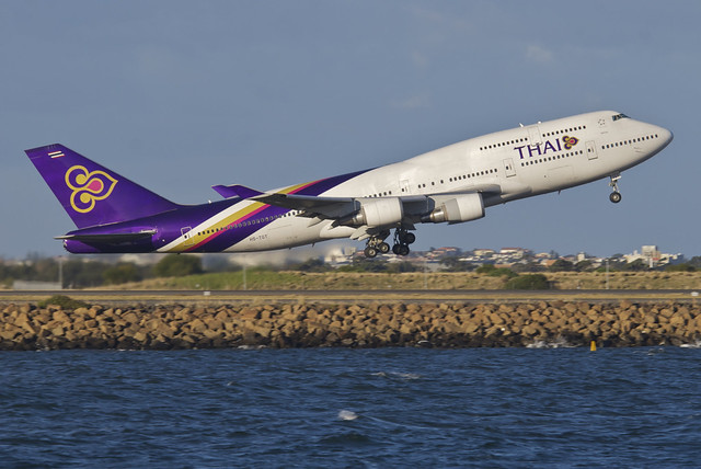 Thai Airways Boeing 747-400; HS-TGT@SYD;30.07.2012/665dz