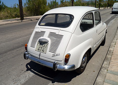 automobile(1.0), automotive exterior(1.0), wheel(1.0), vehicle(1.0), fiat 600(1.0), subcompact car(1.0), city car(1.0), zastava 750(1.0), antique car(1.0), land vehicle(1.0), coupã©(1.0),