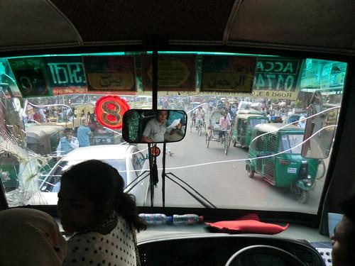 バスで移動@チッタゴンinバングラデシュ