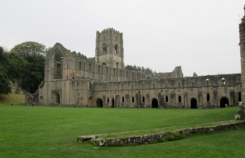 Fountains Abbey, YorkshireFountains Abbey, Yorkshire