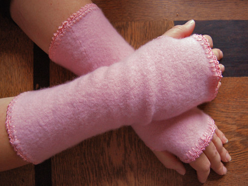 pink wristwarmers_on