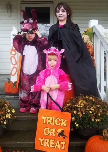 The Grimmett Ghouls ready to Trick or Treat