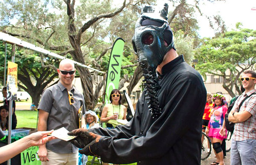 <p>UH Manoa Commuter Services' Halloween on Wheels event</p>
