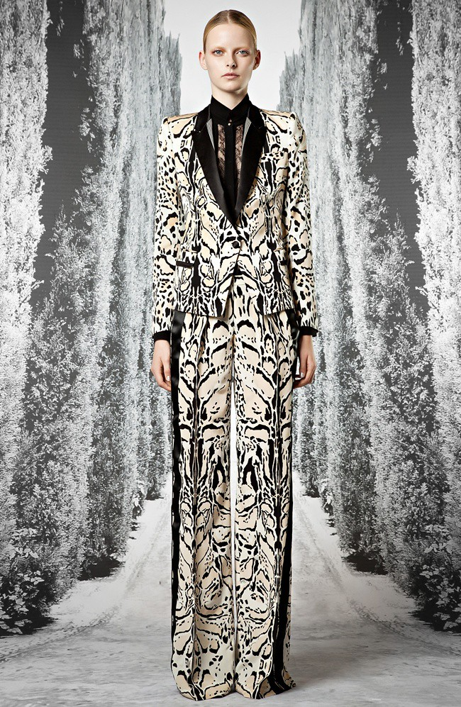 8 Roberto Cavalli Pre-collection SS 2013_24