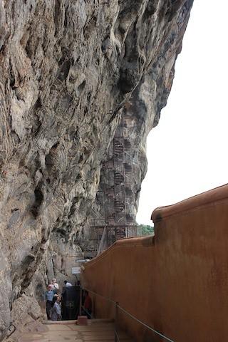 IMG_6676-Sigiriya-mirror-wall