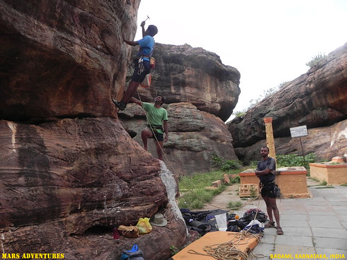 Rock_Climbing_Badami_Oct_2012_35