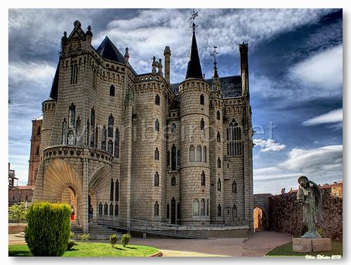 Palácio Episcopal de Astorga by VRfoto