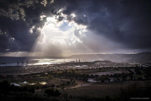 sky storm france port canon marseille ray god dramatic paca ciel rays provence orage sud tourisme marseilles tempête godrays drame estaque godray dramatique sudest eclaircies