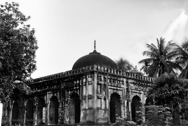 বিবি মরিয়মের মাজার শরীফ