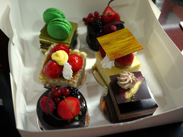 cakes from Sinfully Circles, Shangri-La Makati