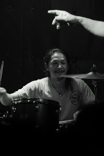 O.E. Gallagher live at Shimbashi ZZ, Tokyo, 21 Oct 2012. 316