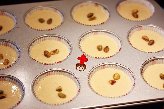 健康輕食-低脂無油配方香蕉杯子蛋糕 banana cup cake 4