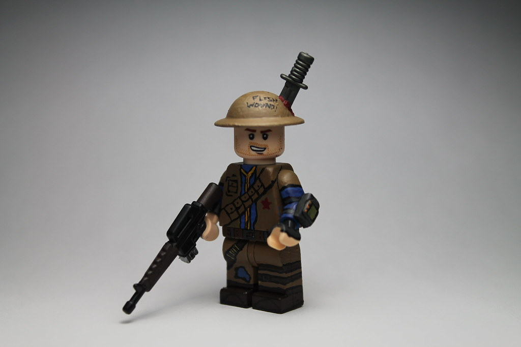 Fallout New Vegas Figures: Mlucci
