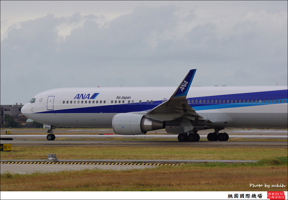 全日空JA625A