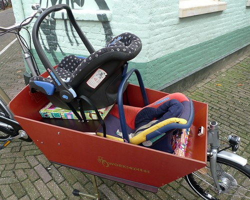 tweeling-maxi-cosi-workcycles-cargobike-1