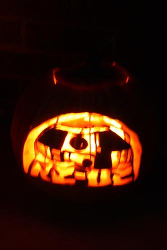 R2D2-Pumpkin