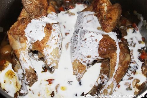 Picantones estofados con salsa de arándanos (16)
