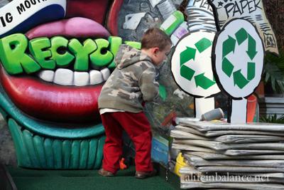 linvilla_recycled_tree_maze_8