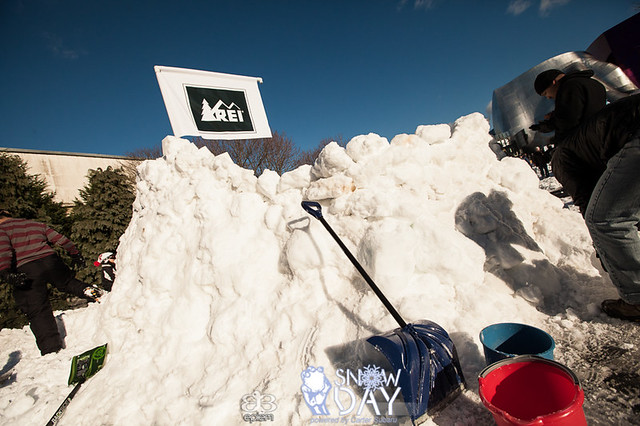 epiem World's Largest Snowball Fight | Seattle Snow Day ...