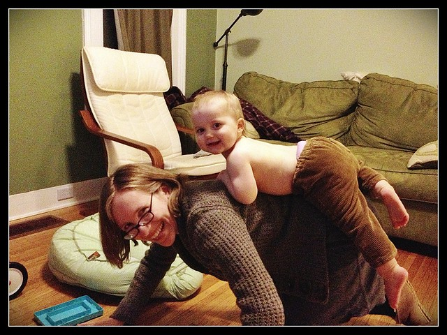 2013: Day 31 - a ride on mama's back