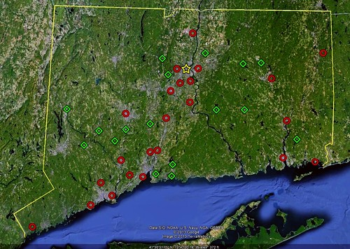geography of population gains and losses in Connecticut 2000-2010 (via Google Earth)