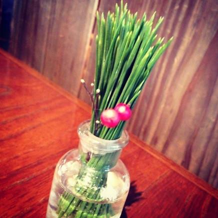 松葉の飾り@カフェことだまさん