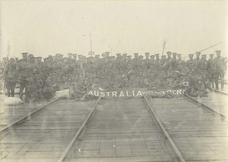 Soldiers waiting to board the troopship BALLARAT