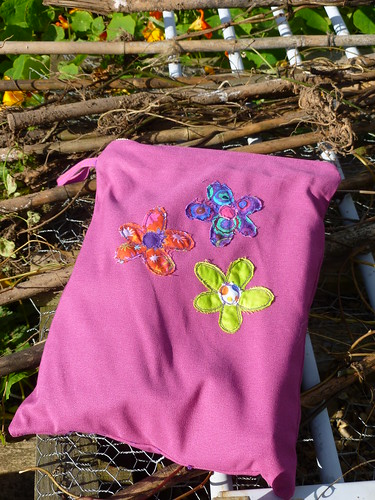 Flower applique from book by Poppy Treffry called 'Free and Easy Stitch Style'.