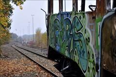 Herbst, Graffiti, Schienen, Verfall