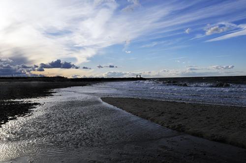 beach clouds longisland shore northfork