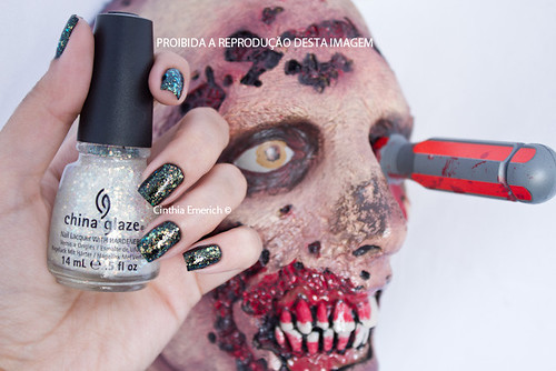 China Glaze - Make a Spectacle - Halloween 2012