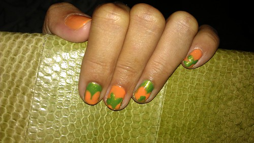 Creepy slime nails