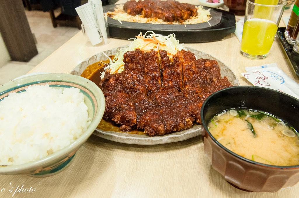 宇治山田站 矢場豬排 炸蝦飯糰