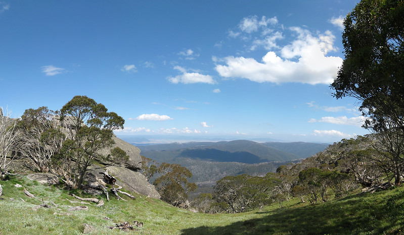Views from Mount Wills Hut - Mount Wills - Alpine National Park - Victoria - Australiaa
