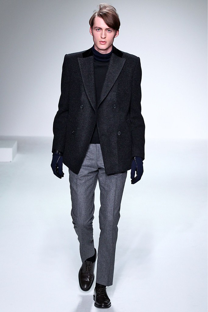 FW13 London Mr. Start016_Harry Smart(GQ)