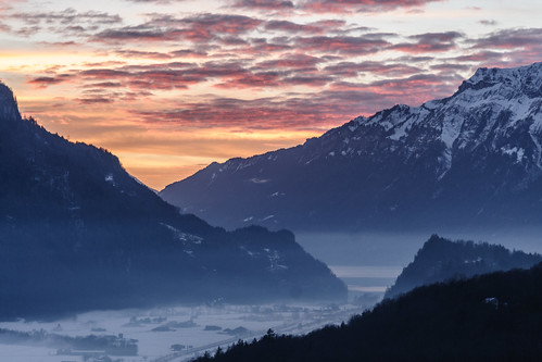 switzerland brienzersee bern brienzwiler lakebrienz alpenpanorama swissgold brünigpass sunsetinthealps foginthevalley nikond300s nikonafsf3556vr24120 panoramicviewinthealps